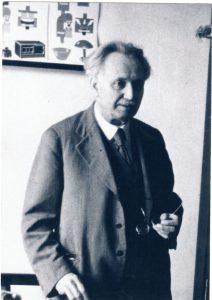 Oberschulleiter Dr. Karl Knopf.