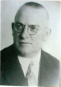 Realschuldirektor Dr. phil. Konrad Walter Fröbe